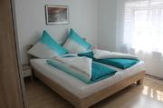 Schlafzimmer 1, Doppelbett Zimmer, Ferienwohnung Straubing